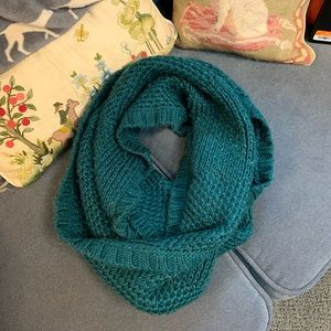 Infinity Scarf, knit, Forrest green